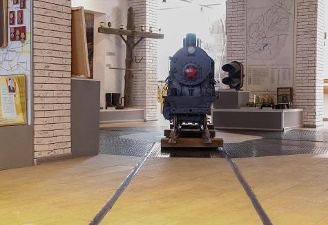Экскурсия в музей Алапаевской узкоколейной железной дороги (АУЖД).